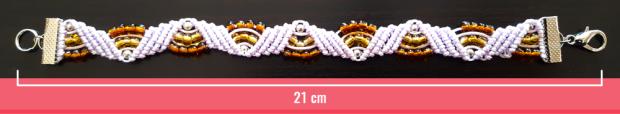 Macramè - Braccialetto rosa chiaro con perline trasparenti ocra